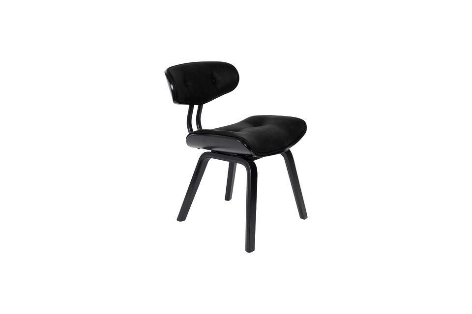 Questa sedia di ottima fattura è anche molto confortevole