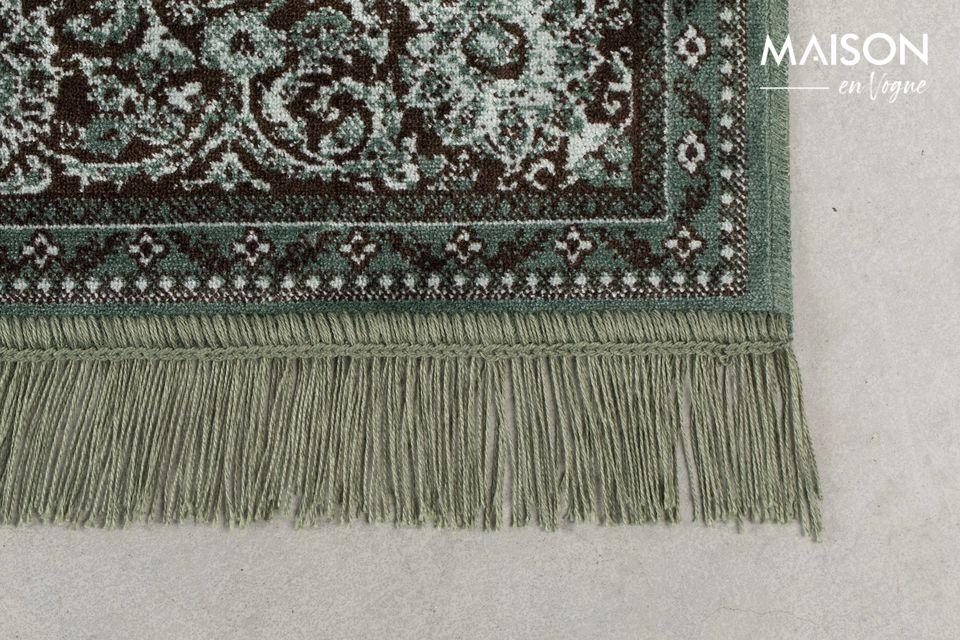 Questo tappeto molto autentico sarà perfetto in un soggiorno moderno o più tradizionale