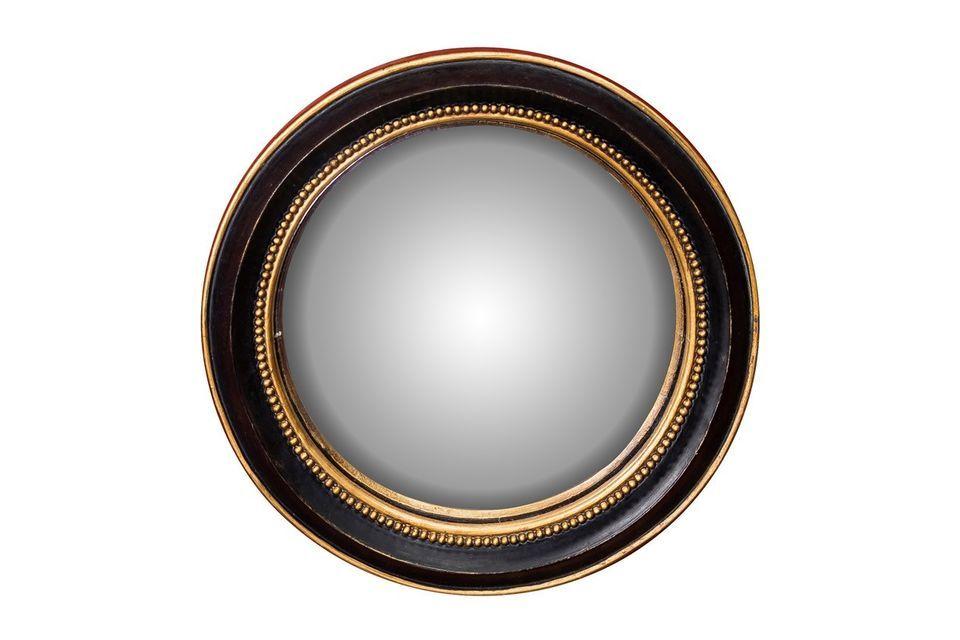 Lo specchio convesso Mirabeau di Chehoma offre la possibilità di optare per la sobrietà e