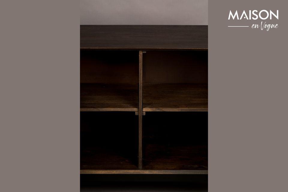 I mobili sono realizzati in legno di mango che gli conferisce un aspetto molto naturale