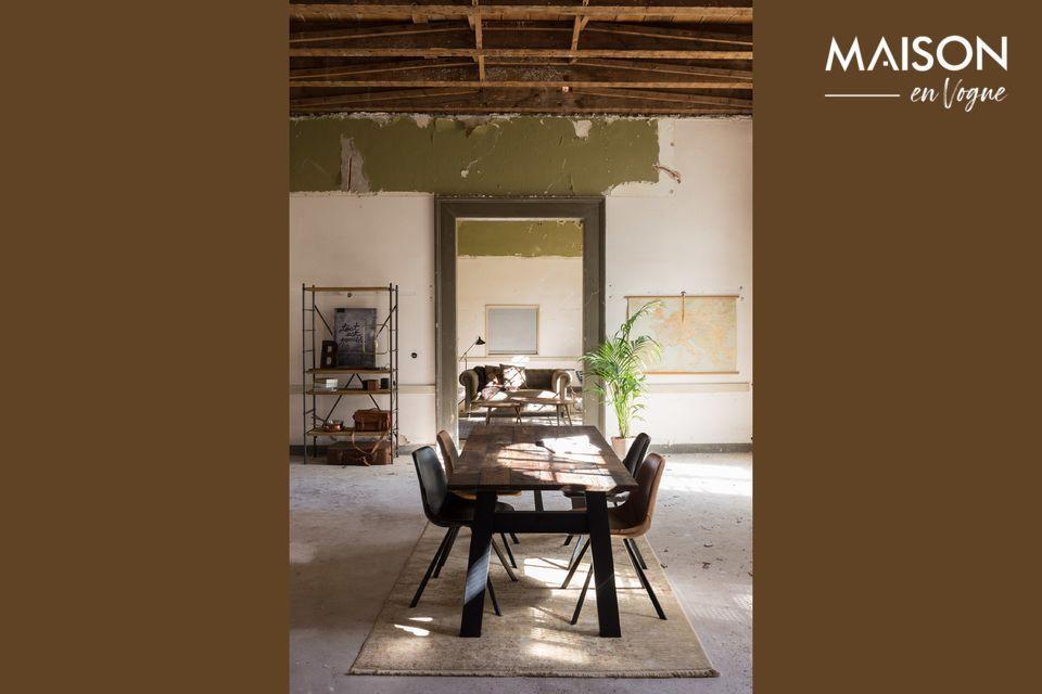 Tavolo da pranzo in legno