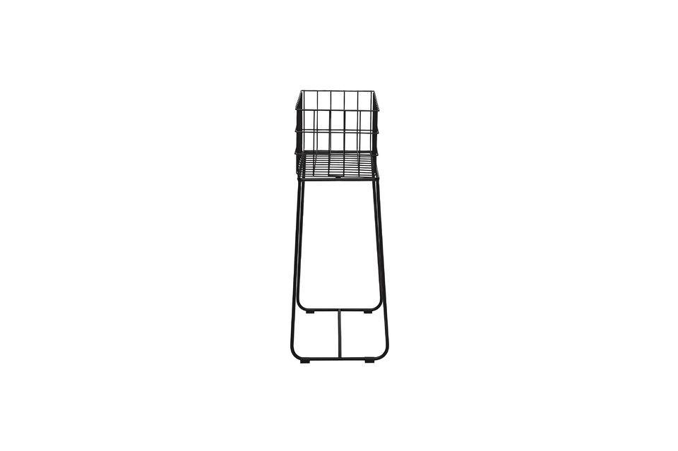 Il cestino portaoggetti Cerf catturerà la vostra attenzione con la sua altezza ed evidenzierà il