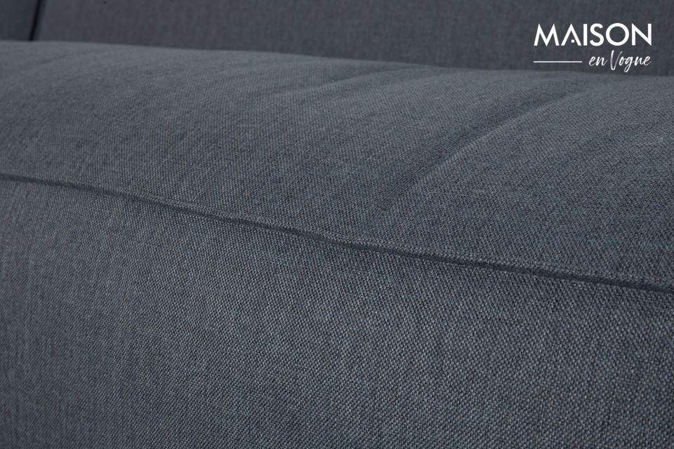 Il comfort ottimale di un divano accogliente dal design contemporaneo