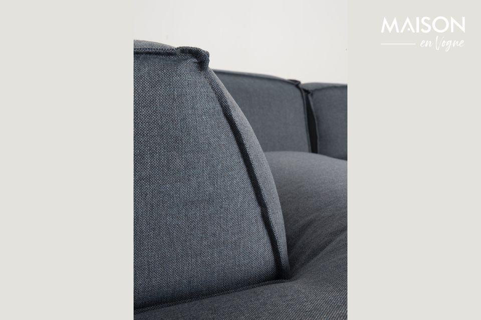 Il divano Fat Freddy offre una seduta incredibilmente confortevole con una tappezzeria spessa e