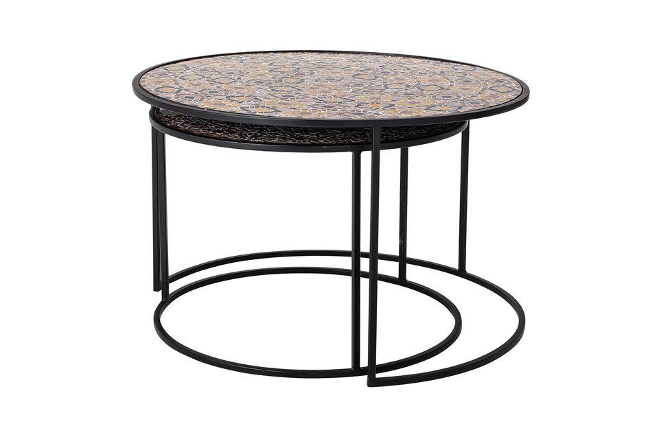 Questi due tavolini