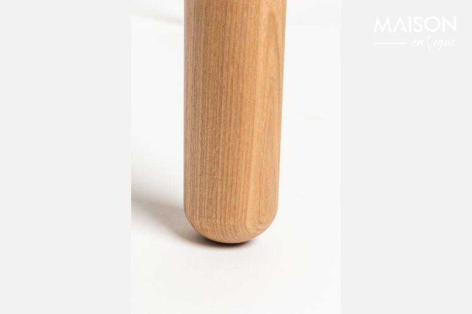 Il suo piano in MDF impiallacciato frassino da 18 mm con bordo da 10 mm e gambe in frassino