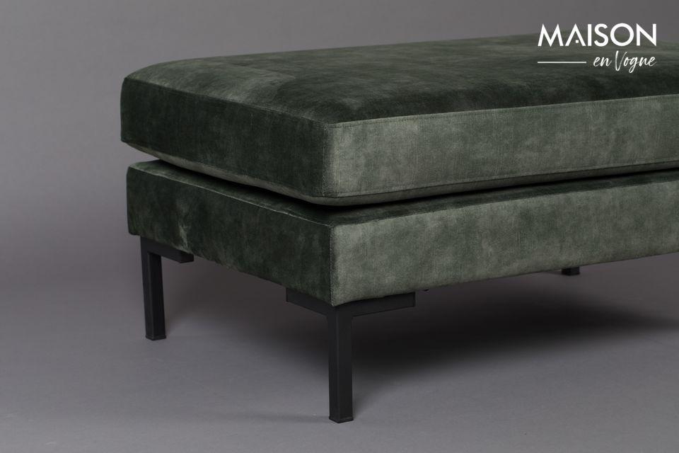 Si può usare da solo o combinarlo con il divano a 3 posti e la poltrona abbinati per creare un