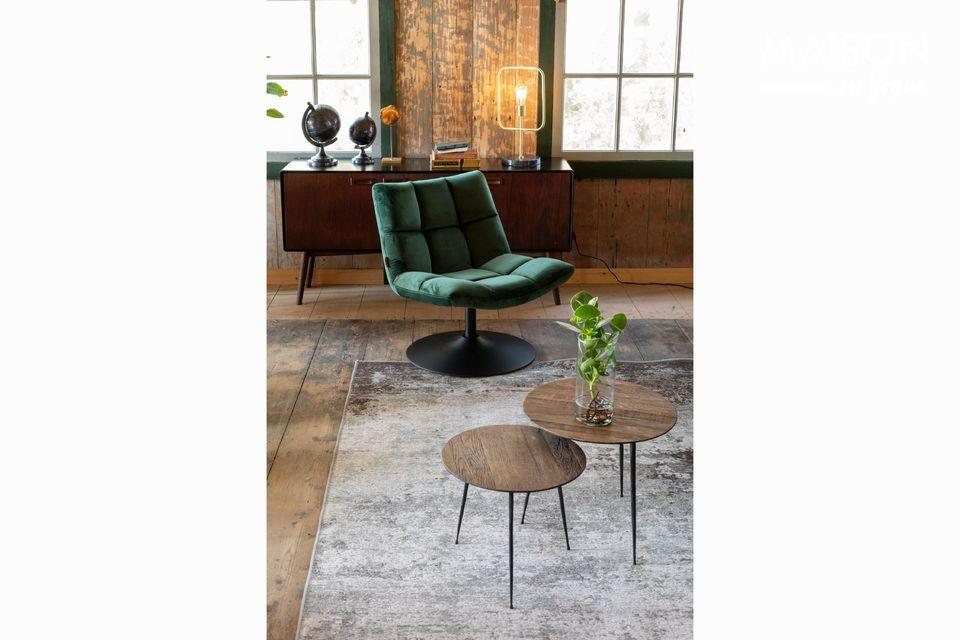 Questo tavolo dal look contemporaneo e dalle forme minimaliste si adatta facilmente a qualsiasi