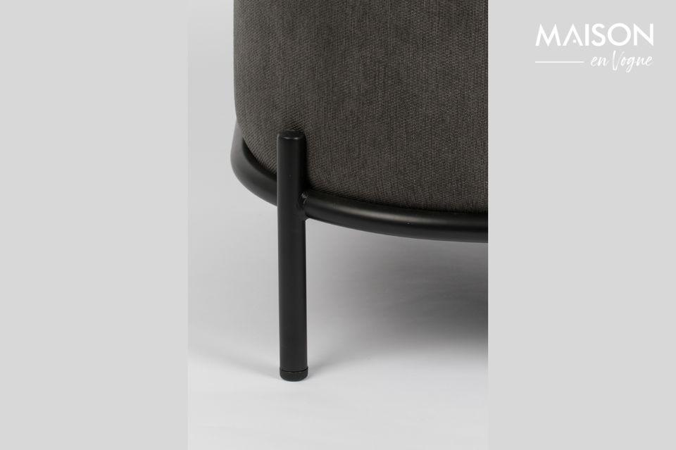 Il sedile e lo schienale ben imbottiti garantiscono un elevato livello di comfort