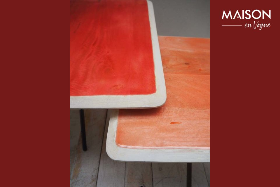 Set di due tabelle di tendenza art deco