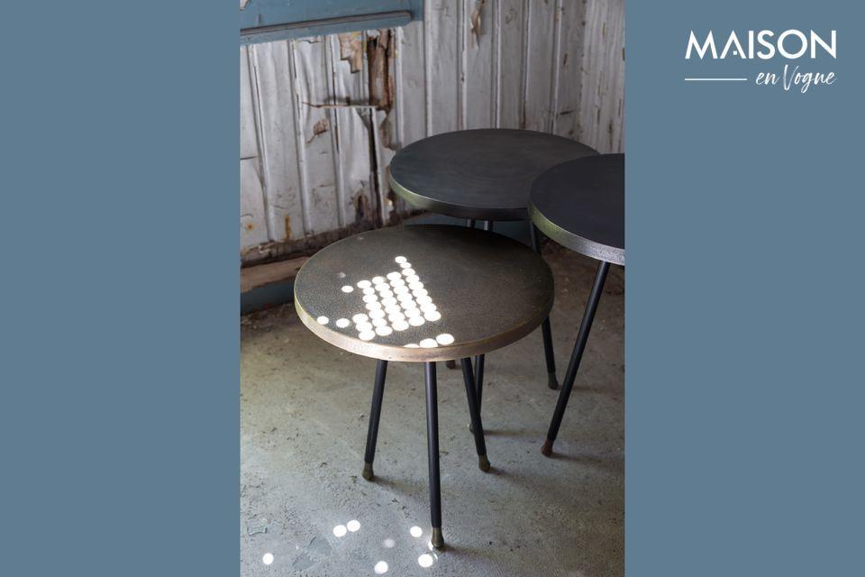 Questi tavoli nidificanti proposti da Dutchbone possono essere utilizzati insieme o da soli come