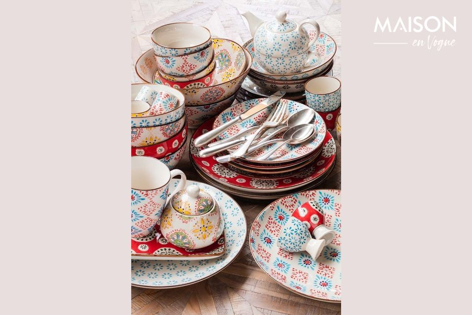 4 piatti originali decorati
