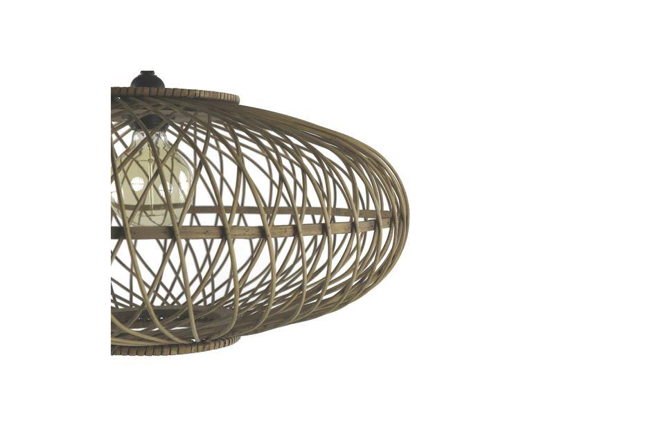 Optate per il naturale con questo lampadario interamente realizzato in bambù.