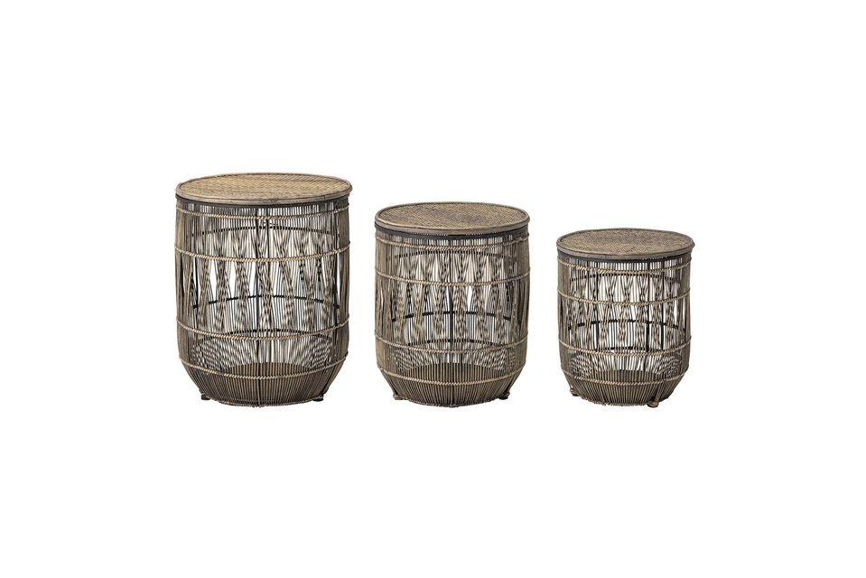 Questo set di tre tavolini in bambù e rattan darà uno stile esotico ai vostri interni